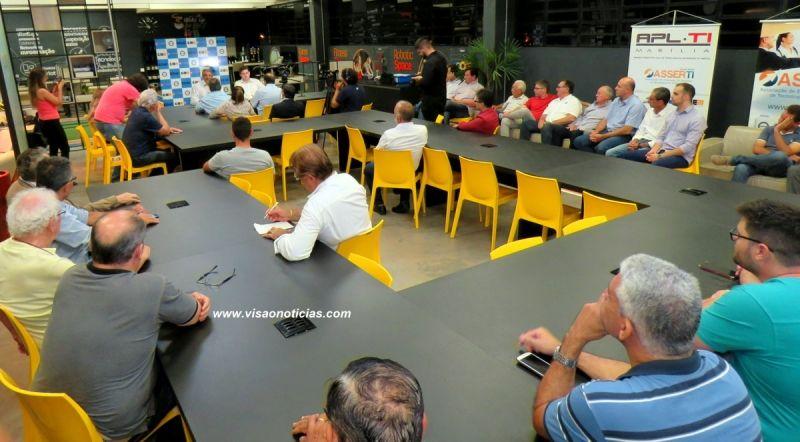 O encontro das lideranças foi realizado no InnovaSpace Coworking do UNIVEM.