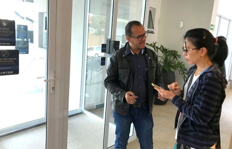 Moradora do Madrid recebeu orientações do gestor
