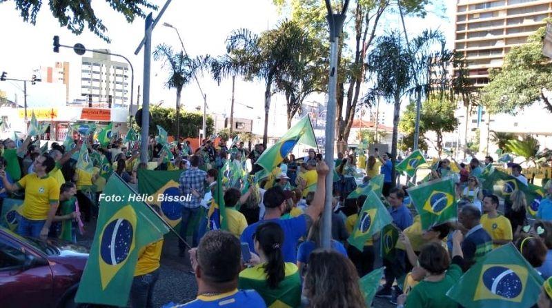 Manifestações em favor do presidente Bolsonaro realizadas em Marília.