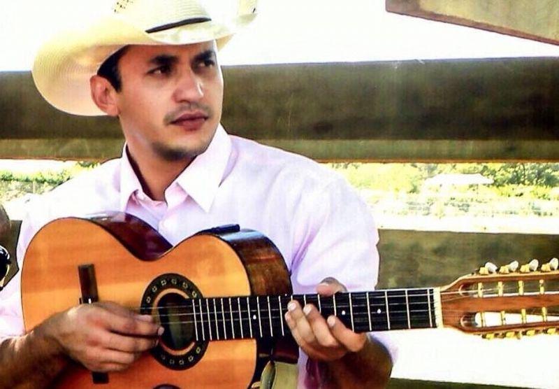 O cantor Ramazotti, profissional da música e destaque nacional será um dos jurados.