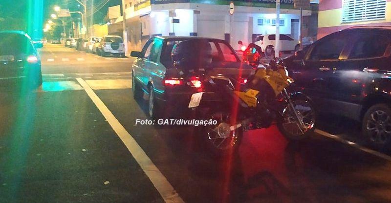 O veículo foi recuperado pelos Agentes Municipais de Trânsito.