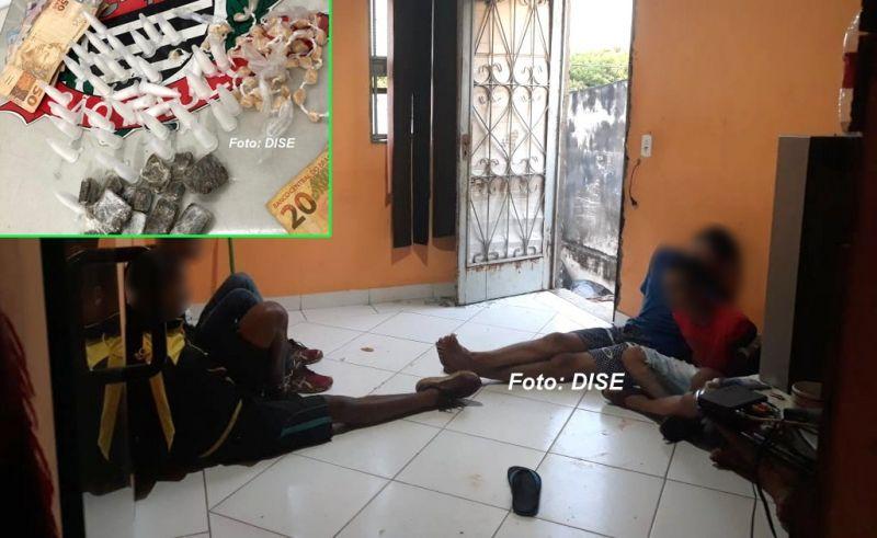 As porções de drogas (prontas para venda) apreendidas pela DISE no momento em que os traficantes dormiam.