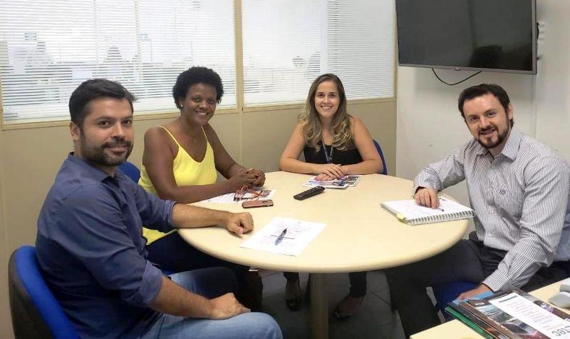 Representantes da Prefeitura e SEBRAE discutem implantação do projeto Turismo Gastronômico