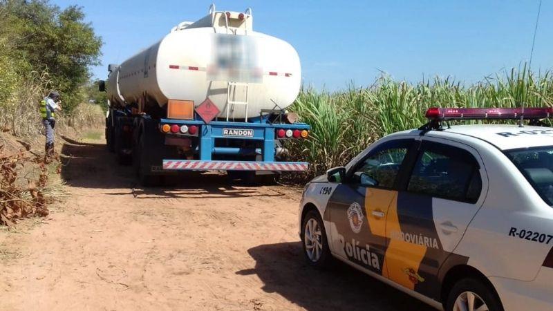 Caminhão com placas de Bauru foi achado sem o combustível