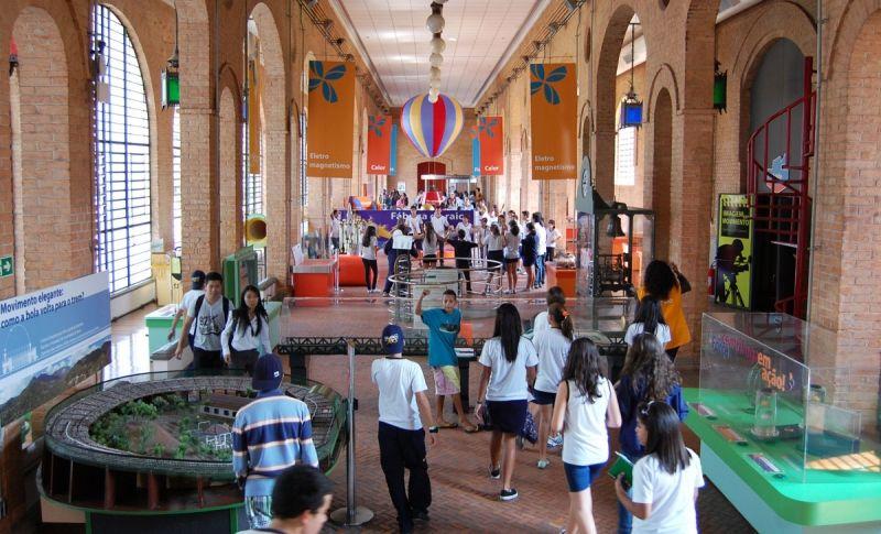 Museu Catavento: espaço educativo e interativo com diversas atrações.