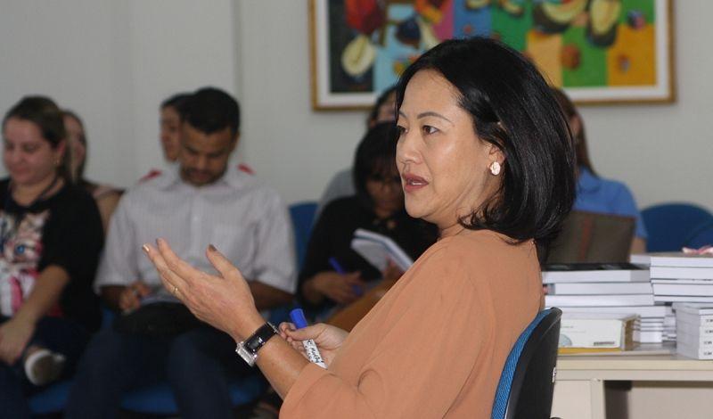 A roda de conversa foi dirigida pela pós-doutora pela USP, Karina Okajima Fukumitsu.