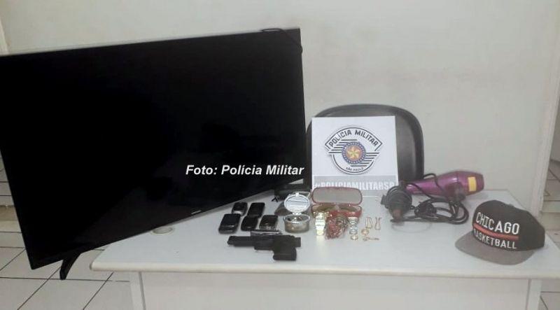 Os objetos que foram recuperados pela Polícia Militar.