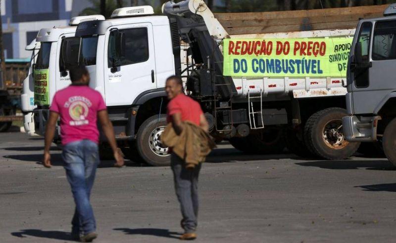 Greve dos caminhoneiros por causa do preço do diesel durou 10 dias.