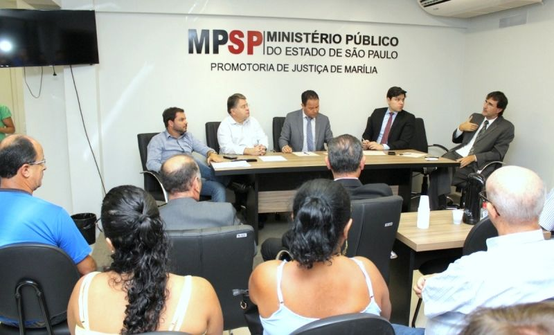 Reunião no Ministério Público buscou solução para entidades assistenciais.