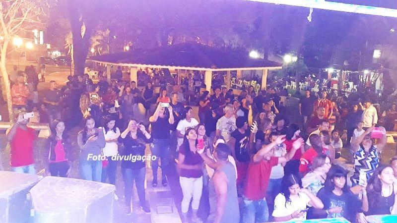 Evento começou pela praça São Miguel e agora deve ser itinerante.