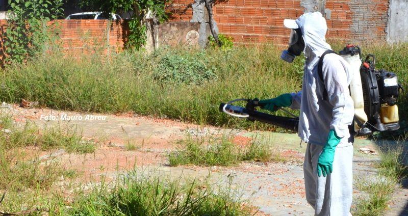 Diversas ações, como nebulização, estão sendo realizadas em Marília.