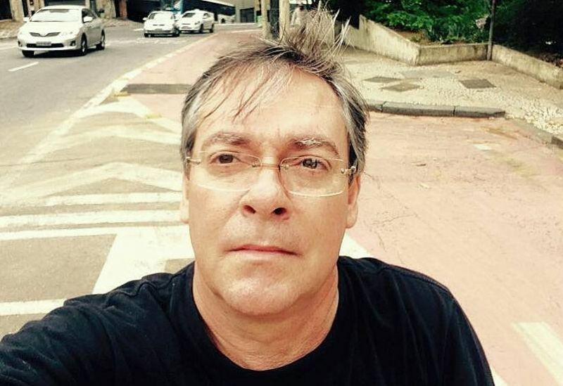 O servidor concursado, José Antonio Almeida, assume interinamente o cargo.