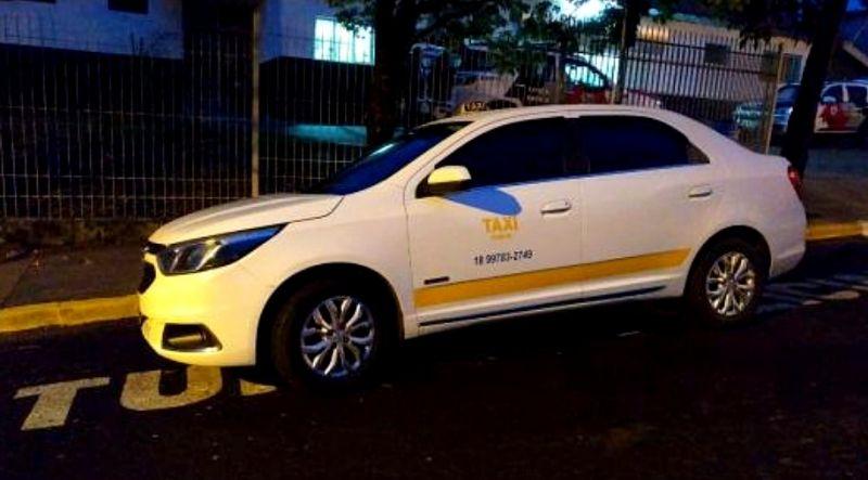 O táxi foi recuperado pela PM e menor confessou o latrocínio.