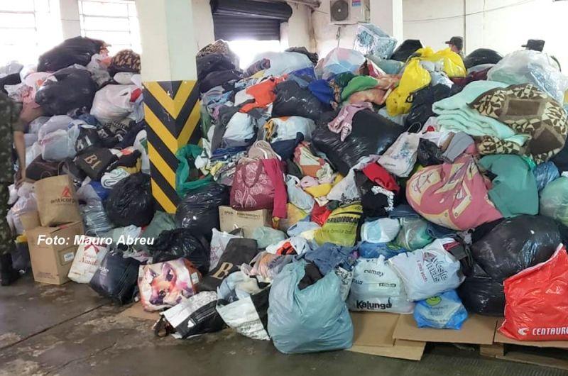 Nos dois dias foram arrecadadas mais de 50 toneladas de roupas.