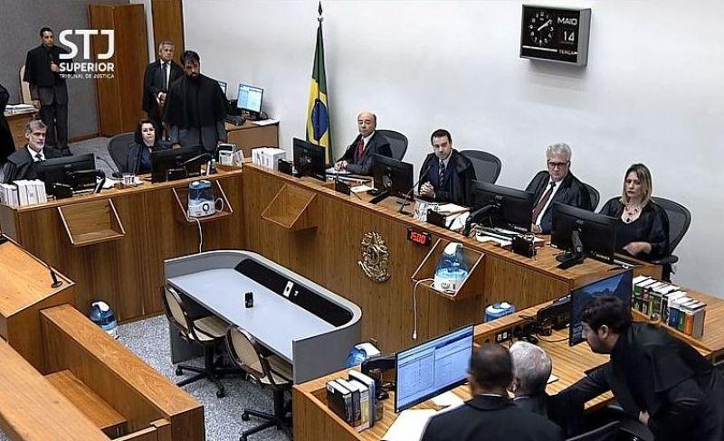 Ministros da Sexta Turma do Superior Tribunal de Justiça votaram pela soltura de Temer