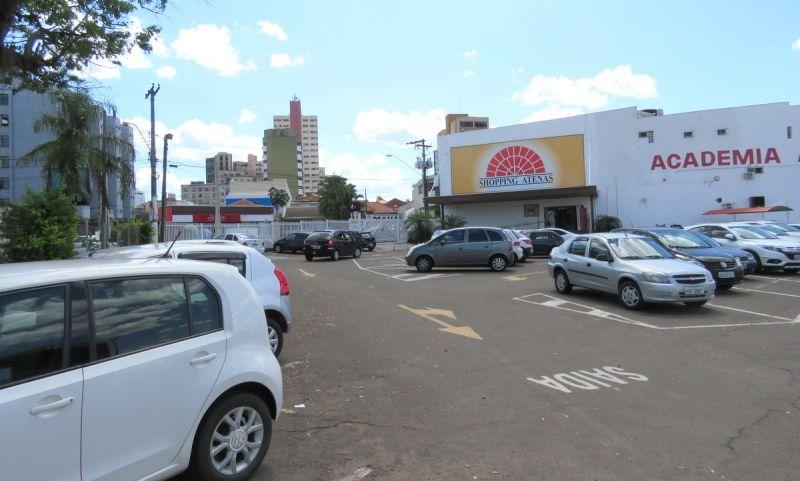 Explansão: na área do estacionamento, serão construídas mais 60 lojas.