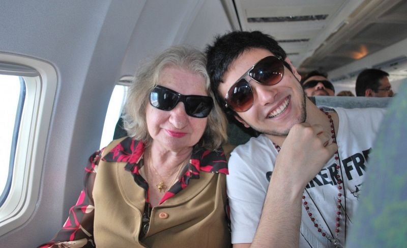 Fernando com sua avó, dona Nilza Aguzolli: uma linda história de amor.