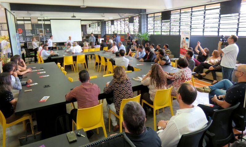 Lançamento da primeira startup reuniu diversas lideranças no Univem.