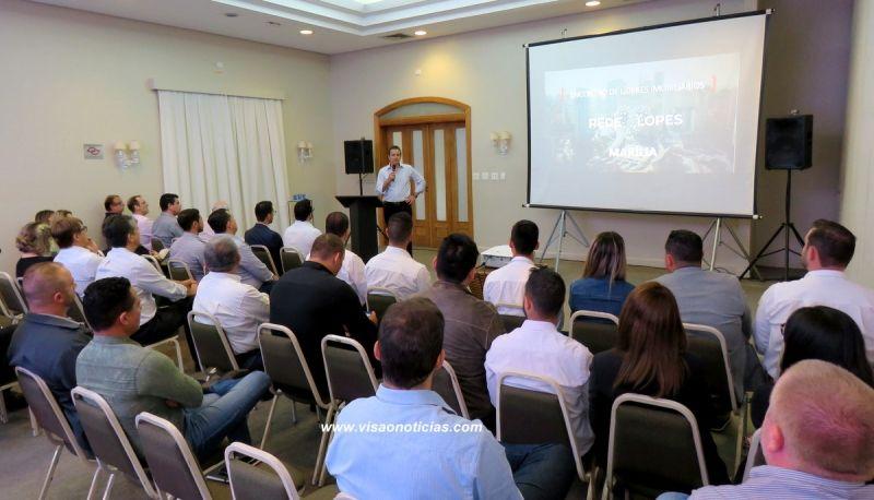 Marcos Lopes durante apresentação do projeto de expansão em Marília.