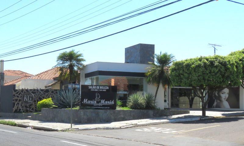 Maria Mariá Day Spa está localizado na Avenida Santo Antônio, 3.870 (próximo ao Marília Shopping e Confiança Supermercado norte).