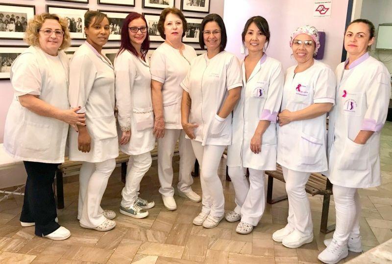 Dra. Sandra e as colaboradoras da maternidade Gota de Leite.