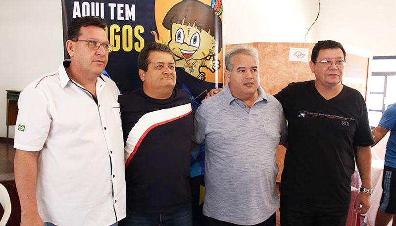 Edvaldo Benedito Brito (chefe do Comitê Dirigente), Odair Cavalcanti (Osvaldo Cruz), Eduardo Nascimento (secretário municipal de Esportes e Presidente do Comitê Organizador) e Sílvio Bahia (Assis)
