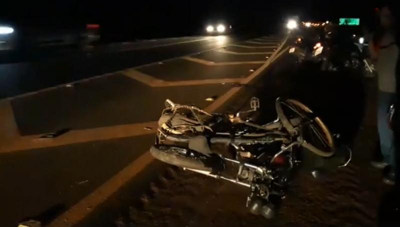 Colisão envolvendo moto e bicicleta mata homem na região