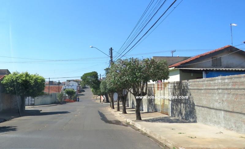 Prefeitura isenta contribuintes do pagamento de taxas para regularizar construções de até 100 m2