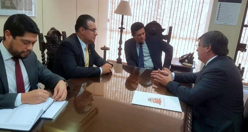 Prefeito Daniel Alonso é recebido em audiência pelo ministro Sérgio Moro