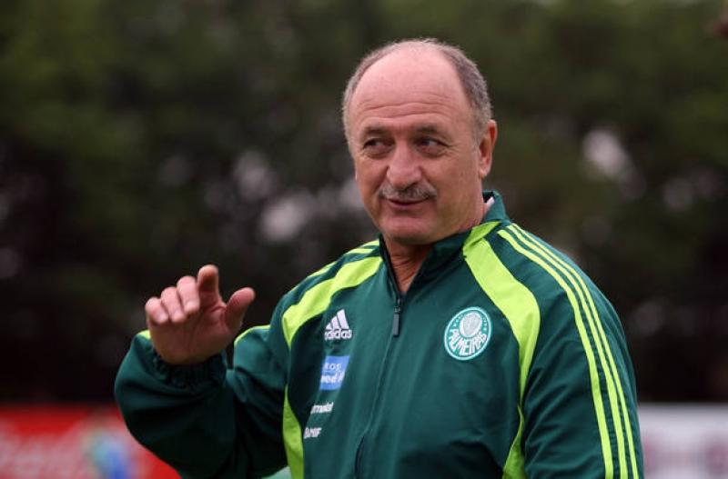 Felipão acerta com o Palmeiras e será técnico do clube pela terceira vez