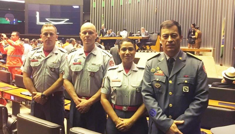 Brumadinho: Bombeiro representa região de Marília em homenagem na Câmara dos Deputados