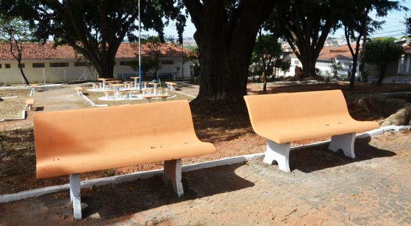 Prefeitura reforma Praça no JK. Revitalização deve chegar a todas as regiões de Marília