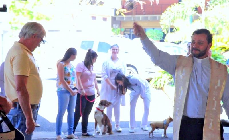 Unimar realiza tradicional benção aos animais
