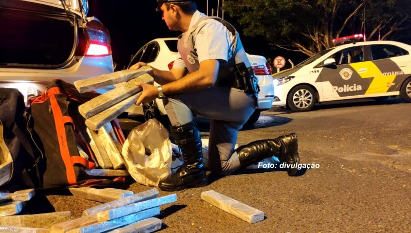 Polícia Rodoviária apreende 200 quilos de maconha, na região