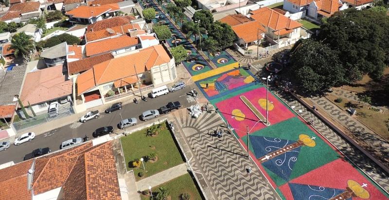 Celebração de Corpus Christi: tradição de 80 anos, em Vera Cruz