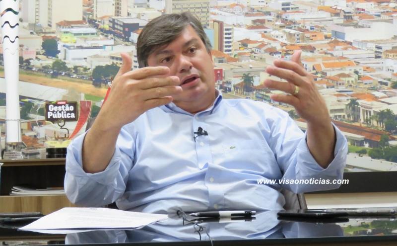 """Prefeito Daniel Alonso poderá """"ganhar"""" mais dois anos de administração"""