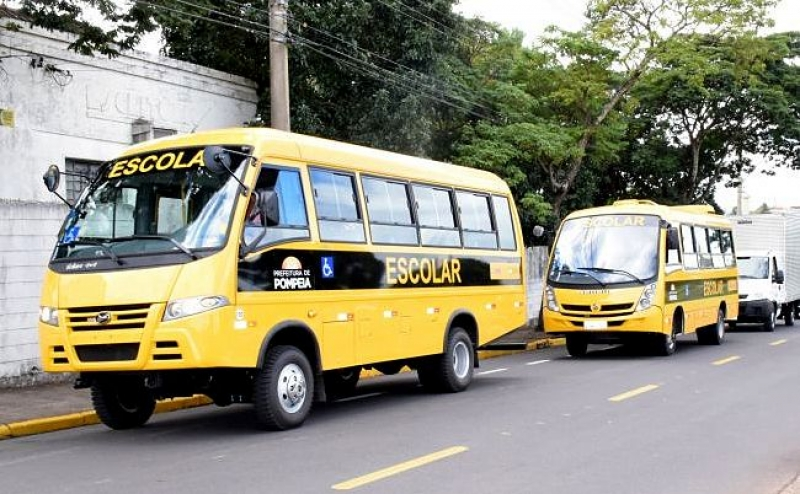 Prefeitura de Pompeia garante transporte escolar para alunos da zona rural