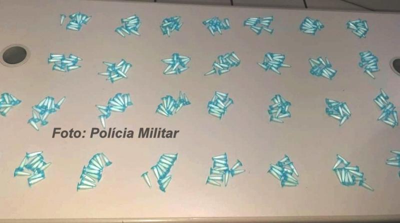 ROCAM rastreia celular roubado e apreende drogas em Marília