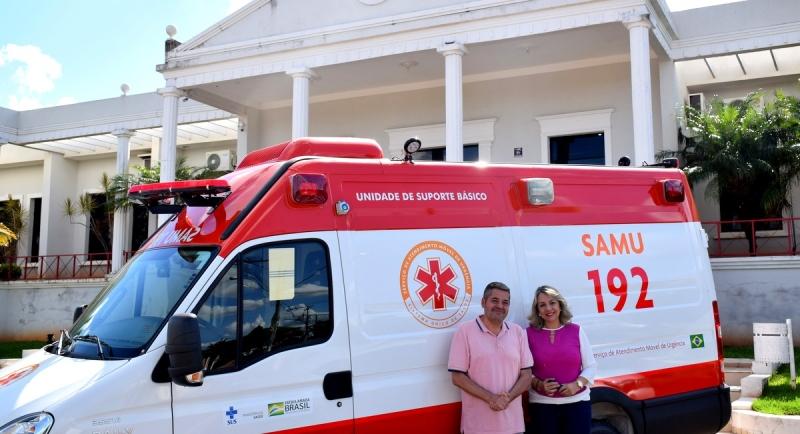 Prefeitura conquista ambulância do SAMU para Pompeia