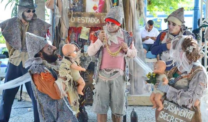 """Espetáculo de Rua """"Romeu e Julieta"""" será apresentado hoje na feira noturna Pôr do Sol"""