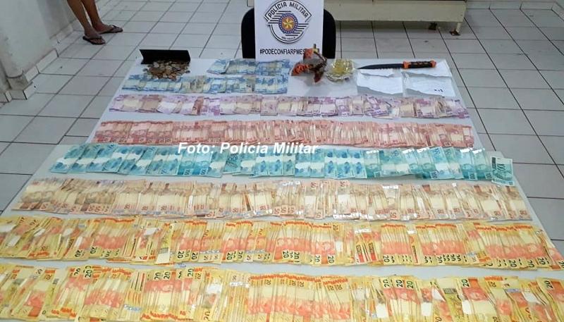 Polícia Militar apreende quase R$ 30 mil do tráfico de drogas em Marília