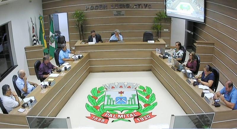 Moradores da região se mobilizam para reduzir salário de vereadores