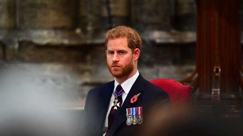 """Esperava ainda servir à rainha"", lamentou Harry após perder títulos"
