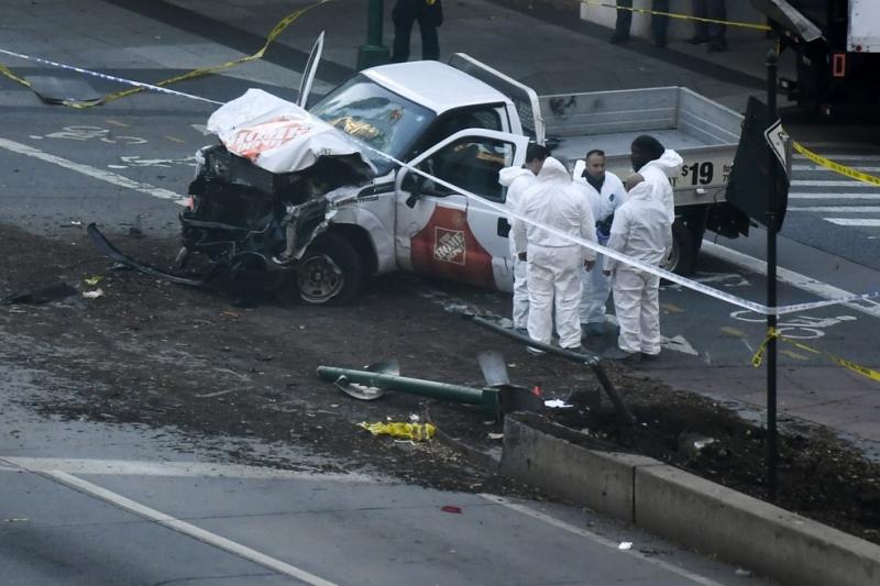Terrorista mata 8 em atropelamento em Nova York