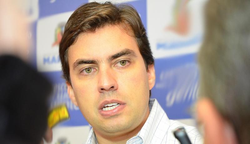Câmara adia votação das contas do ex-prefeito Vinicius por uma semana