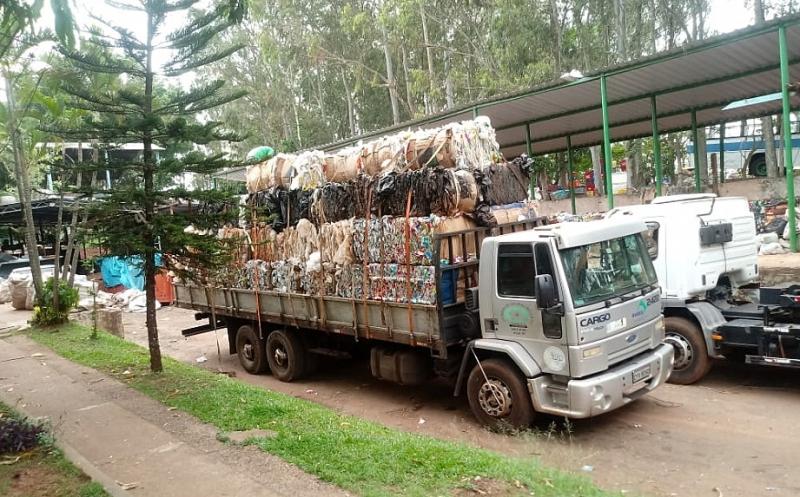 Entrevias fecha parceria sustentável com Cooperativa de Catadores de Recicláveis na região