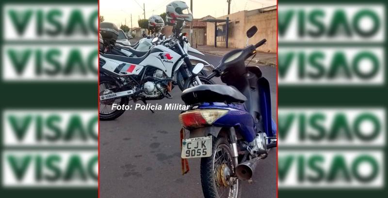 PM procura dono de moto que era pilotada por menor