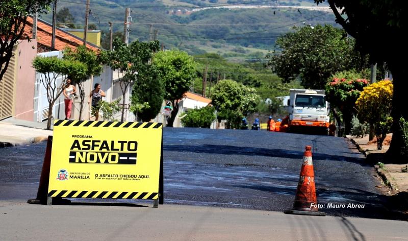 Prefeitura inicia recape da rua Maestro Floriano de Souza, no Califórnia