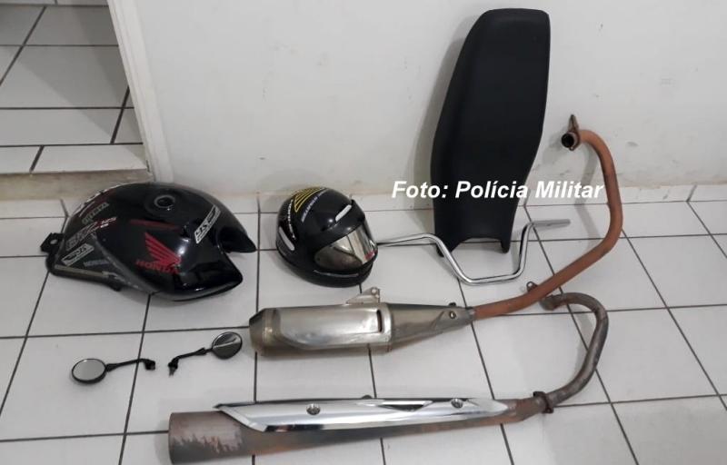 Rapaz furtava peças de motos em condomínio onde morava. Foi preso pela PM