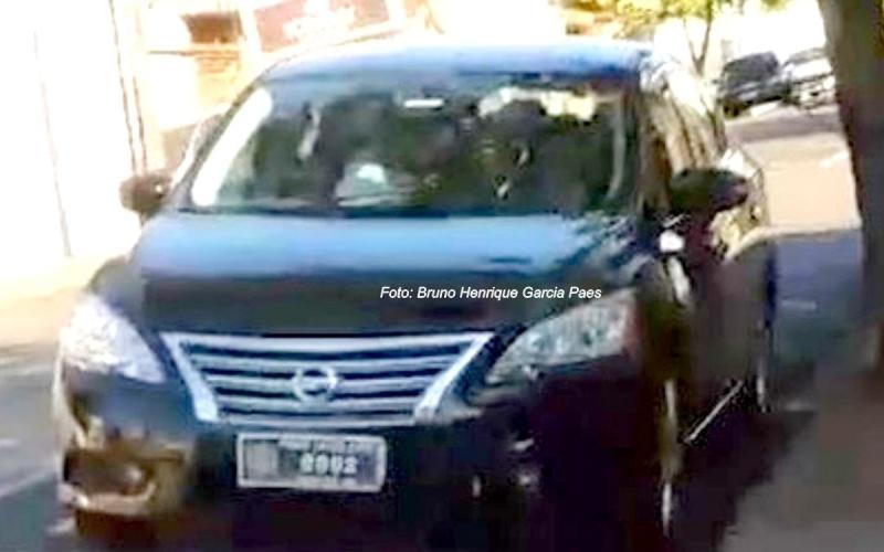 Câmara afasta servidora suspeita de usar carro oficial em encontro amoroso
